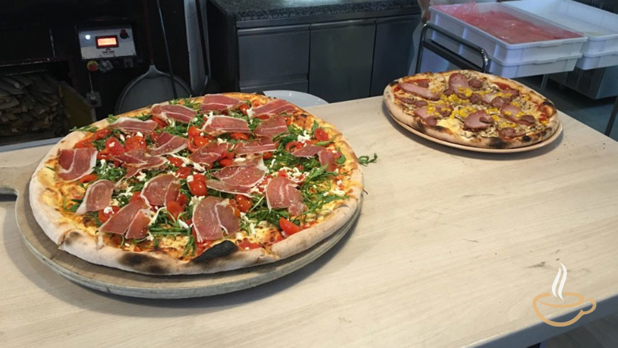 Good Pizza Places Near Me: Find Pizza For Delivery Or Pizza Near Me
